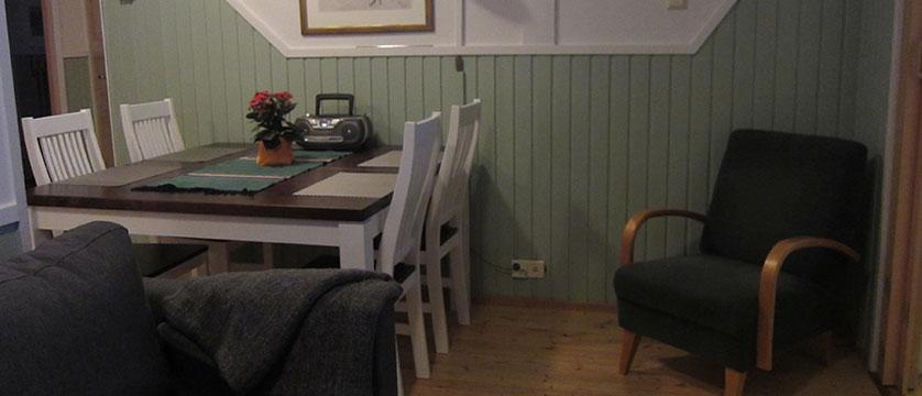 finland_lapland_Levilehto-Apartments_46m2_dining2.JPG